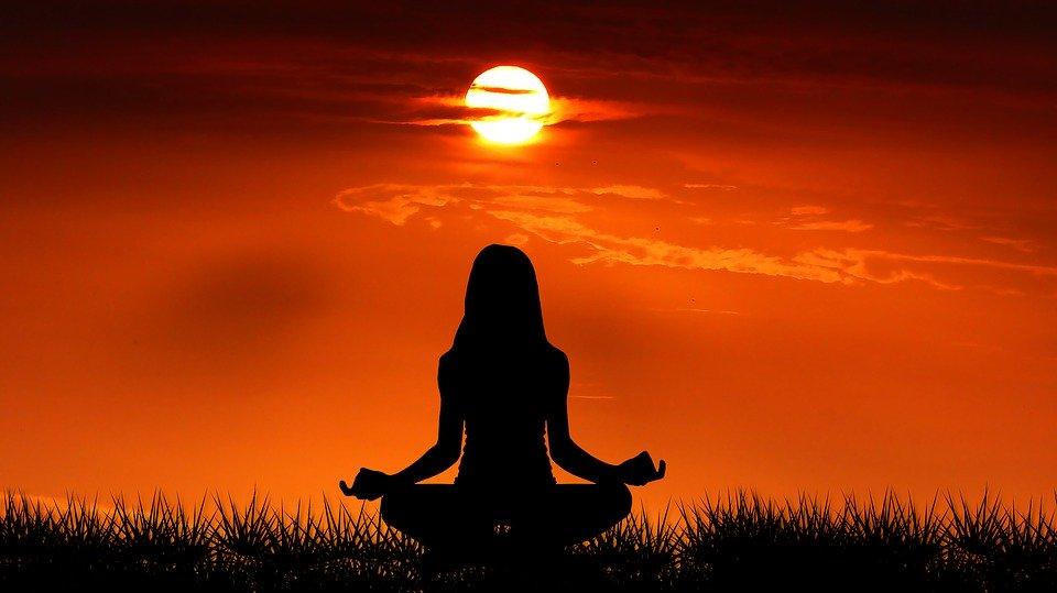 Sport, activité saine, philosophie, méditation… Le yoga est tout cela à la fois